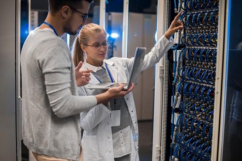engager un dba oracle sql server dans l'entreprise